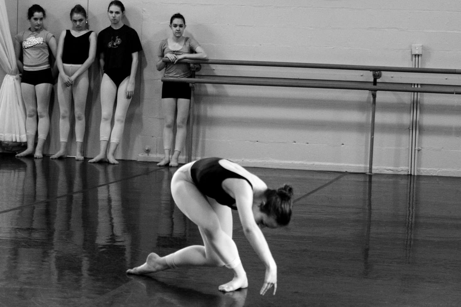 Fremont Danceworks company members in rehearsal.